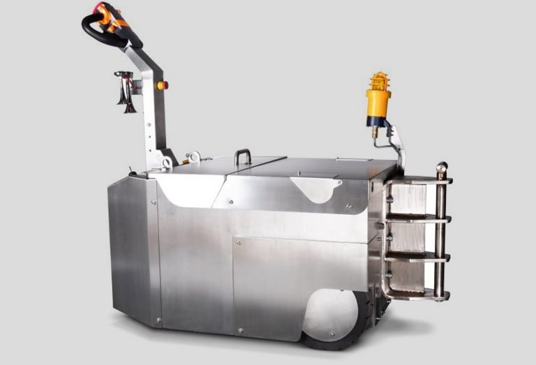 MasterMover electric tug from Universal Wolf Case Study